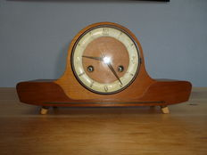 Mantle clock - Oak - FHS - From the 1960s