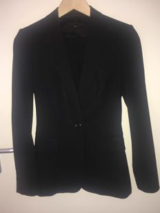 Hugo Boss women's suit