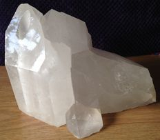 Rock crystal cluster-water piece - 19.1 x 12.5 x 14.6 cm - 3191gm