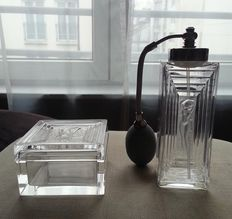 Lalique (France) - Duncan design, box and spray in crystal and silvered metal
