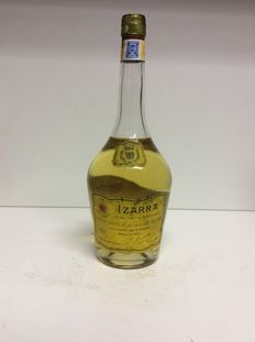 60s/70s Izarra Jaune Liqueur, Côte Basque, France, 1 Bottle 0,7l 40% Vol