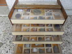 Collection of 100 minerals and stones rocks - 7 kg