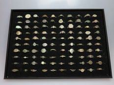 Collection of bronze archeological rings - Various sizes (100)