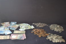 Lot of portuguese notes and coins - Portugal 20th century