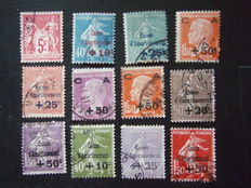 France 1927/1931 – Selection of stamps including 'Caisses d'amortissement'