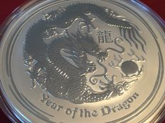 Australia – 10 AUD – Lunar II Year of the Dragon 2012 – 10 oz – 999 fine silver