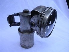 Carbide lamp - with springy suspension - brand Pleieruon - 1910/1920