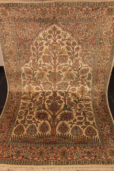Beautiful hand-knotted Kashmir silk carpet, life tree, made in Kashmir at the end of the 20th century, 125 x 190 cm, 400,000 knots