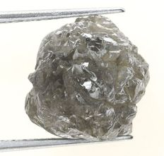 Large silver-grey naturally coloured rough diamonds of - 9.90 x 9.85 x 8.56 mm - 6.65 ct.