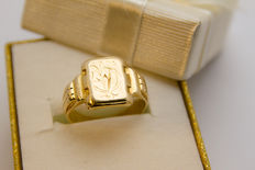 9.5 Grams 14K yellow gold seal ring
