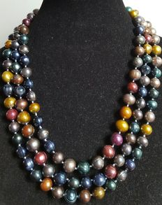 XL necklace with large cultured freshwater pearls