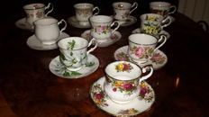 Lot with 10 English cups and saucers.