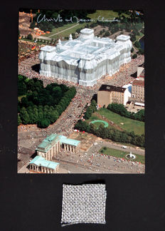 Christo and Jeanne-Claude - Wrapped Reichstag Berlijn