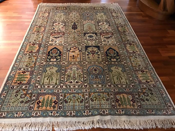 Beautiful & Original Kayseri handknotted 200x300cm with certificate