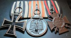 German medal clasp with 3 medals 2 x Iron Cross, 1 x winter battle in the East 1941 / 42 World War 2