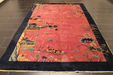 A magnificent antique Art Deco China Oriental carpet from around 1930, made in China, 195 x 295 cm, Peking