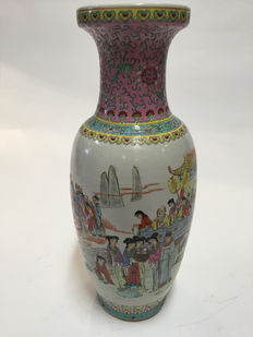 Large Chinese Vase - 60 cm - China - Second Half of 20th Century.
