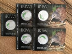 5 piece of New Zealand Kiwi by 2015 in blister