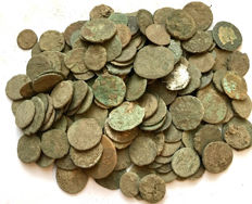 Roman Empire -Large collection of 170 Roman bronze coins-not cleaned- 1st / 4th. Century A.D.