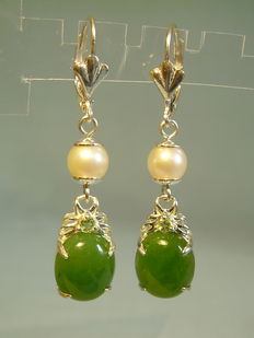 Earrings with genuine Akoya pearls and green jade cabochons