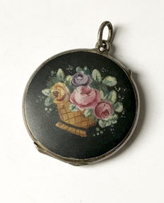 Silver medallion pendant with painting