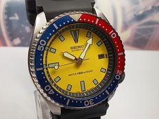 Seiko 150M Pepsi model 7002-7000 scuba diver - wristwatch - c. Jan 1995