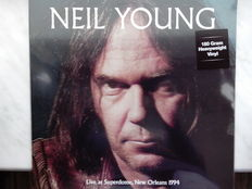 Lots of 4 Neil Young, Neil Young – Farm Aid 2014 Raleigh/NC September 13 Limited edition Color Blue, Live at Superdome, New Orleans 1994 180 Grams HQ, Neil Young & The Shocking Pinks  – Everybody's Rockin', Neil Young & Crazy Horse – Reactor