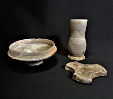 Medieval stoneware tankard, cup and proen - Diameter 125 mm H. 118 mm (3)