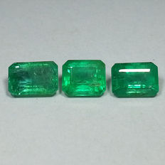 3 Emeralds - 2.20 ct (total)