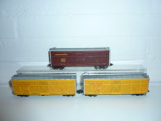 Märklin H0 - 45690 - Three-piece set US cattle carriages of Union Pacific USA