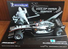 Minichamps-Michelin Collection - Schaal 1/43 - McLaren Mercedes-Benz - Winner GP Japan - Kimi Räikkönen