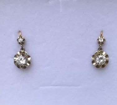 85e1b0684 Antique two-toned 18 kt gold stud earrings with white stones - Catawiki