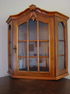 Mahogany display case. Netherlands,  approx. 1950