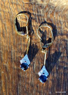14 kt gold earrings with sapphires and diamonds