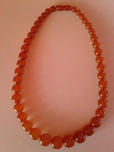 Art Deco Baltic amber necklace old honey/ butterscotch colour, weight: 55 gram. Made in Russia (Kaliningrad)