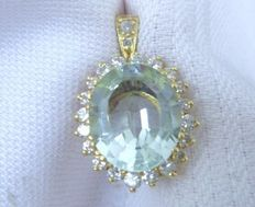Pendant with large aquamarine and diamonds 0.61ct made of 585 gold