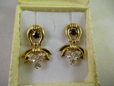Earrings – Gold, blue sapphires, zircon gemstones – 1970s.