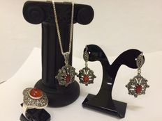 Silver jewellery set with carnelian and marcasites in Art Deco-style
