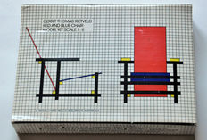 Red and blue chair by Gerrit Rietveld, building kit for a model 1 : 6