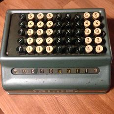 Mechanical calculator - Bell Punch Company - Procento Plus