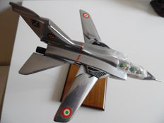 Tornado scale model Fomaer.
