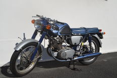 Honda - CB 77 Super Hawk - 1965