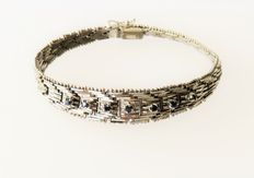 Solid 835 silver bracelet with 7 genuine sapphires, 0.9 ct in total