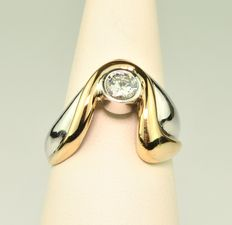 "Solitaire ""S"" Shaped Diamond - 0,371Ct G/H  VS2 & 18Kt Yellow Gold and Platinum Ring"