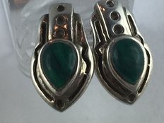 Vintage earstuds in genuine 925 silver with genuine malachite around 1960