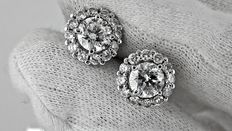 IGL 3.02 ct round diamond earrings 18 kt white gold