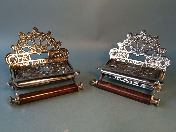 Set of identical silver plated toilet paper holders in Victorian style, 21st century 16/3