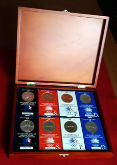 USA – 8 official wallets of 1 silver dollar for the Los Angeles Olympic Games – 1984