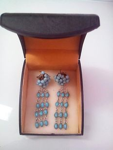 Silver earrings with turquoises