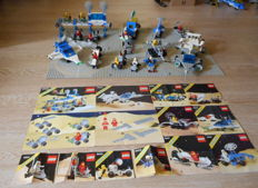 Classic Space - 12 sets incl. 6930 + 6929 - Space Supply Station + Starfleet Voyager + extra ground plates